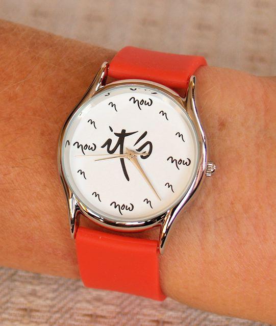 תיך נאט האן, שעון עכשיו